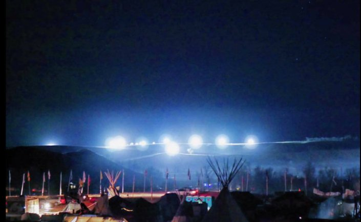 floodlights-standingrock-letourvoicesecho