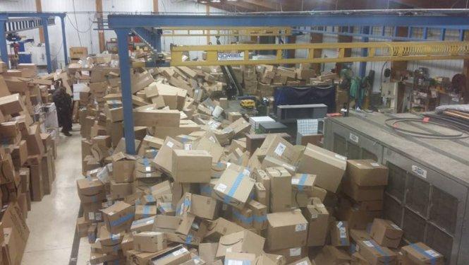 letourvoicesecho-nodapl-standingrock-ocetioyate-warehouse-1