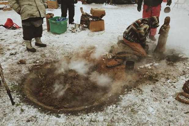 letourvoicesecho-nodapl-standingrock-ocetisakowin-josuerivasfotographer