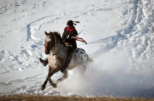 letourvoicesecho-horsewarrior-indianholocaust-standingrock