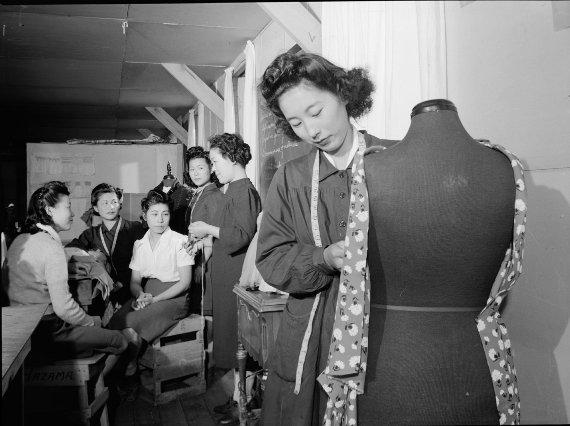 #LetOurVoicesEcho #ManzanarJapaneseRelocationCamp #Dressmaking